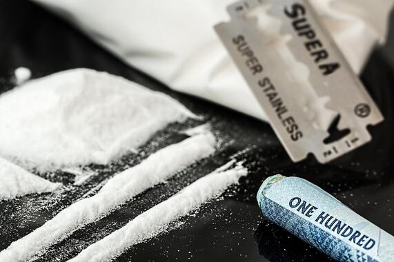 Cosa fa la cocaina al naso